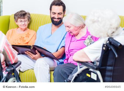 Was können Altenpfleger bei der Einkommensteuererklärung absetzen?