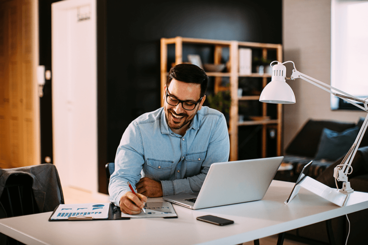 Wie kann ich mein häusliches Arbeitszimmer von der Steuer absetzen?