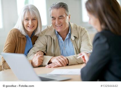 Kann ich Kosten für die Unterbringung im Altersheim von der Steuer absetzen?