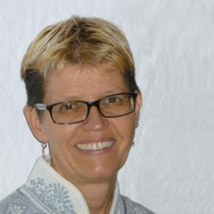 Steuerseminare   Dozentin Yvonne Heinke